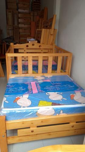 cama-cuna-en-madera-de-pino