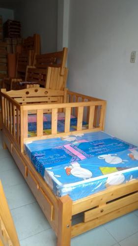 cama-cuna-en-madera-de-pino (2)