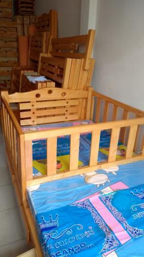 cama-cuna-en-madera-de-pino (4)